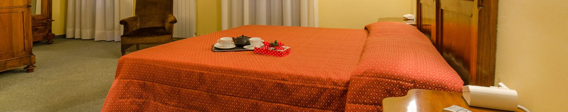 hotel_header